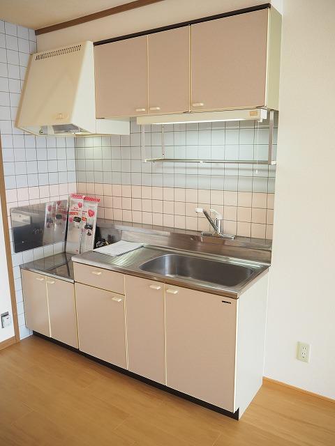 物件番号: 1110309422 リバーサイド・ドリームⅡ 富山市西荒屋 2LDK アパート 写真3