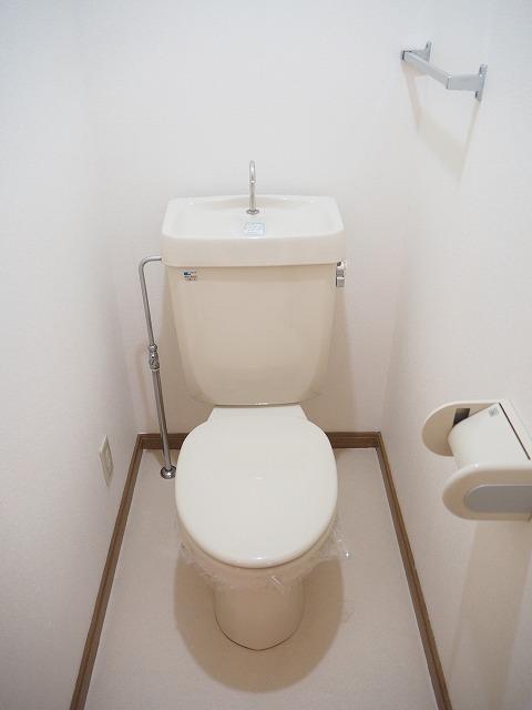 物件番号: 1110309422 リバーサイド・ドリームⅡ 富山市西荒屋 2LDK アパート 写真6