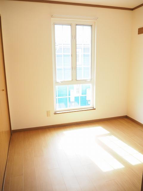 物件番号: 1110309422 リバーサイド・ドリームⅡ 富山市西荒屋 2LDK アパート 写真8