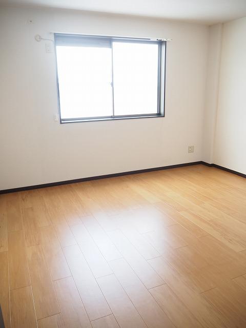 物件番号: 1110309425 リバーサイド・ヴィラC  富山市西荒屋 2DK アパート 画像4