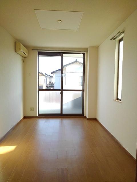 物件番号: 1110309432 サニーサイド松ケ丘  富山市山室荒屋 2DK アパート 画像1