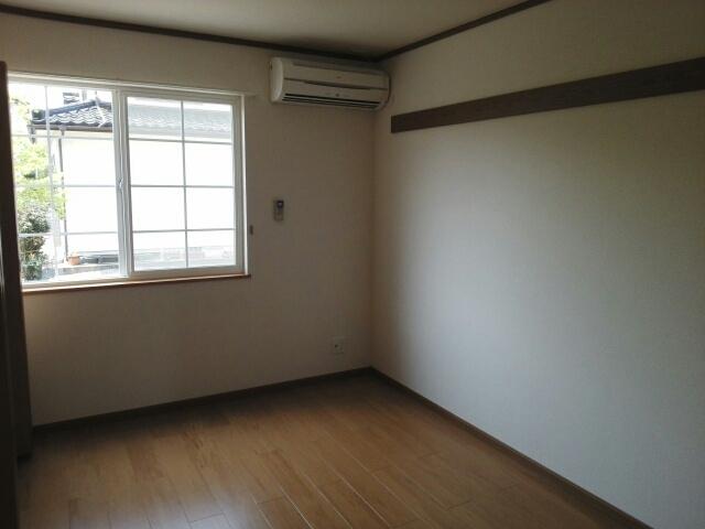 物件番号: 1110310058 ラフィネ長附 富山市長附 2DK アパート 写真2