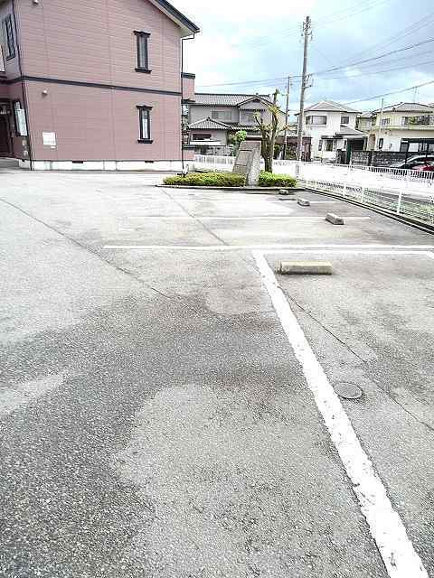物件番号: 1110309438 ドムス・コンドゥクターA  富山市中川原 2DK アパート 画像10