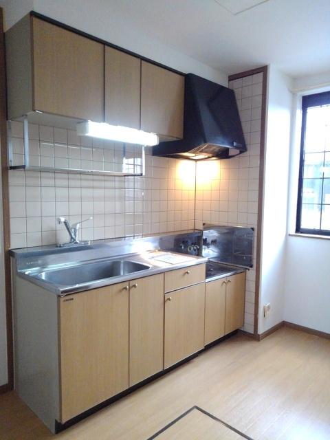 物件番号: 1110309438 ドムス・コンドゥクターA  富山市中川原 2DK アパート 画像2