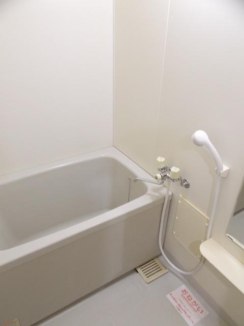 物件番号: 1110309448 ブルーリオンⅡ  富山市萩原 2DK アパート 画像3