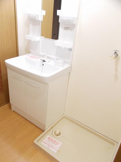 物件番号: 1110309448 ブルーリオンⅡ  富山市萩原 2DK アパート 画像7
