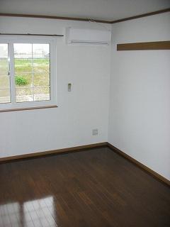 物件番号: 1110310148 リバーサイド・ドリームⅥ 富山市西荒屋 2DK アパート 写真2