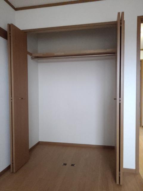 物件番号: 1110309453 リバーサイド・ドリームⅦ  富山市西荒屋 2DK アパート 画像8