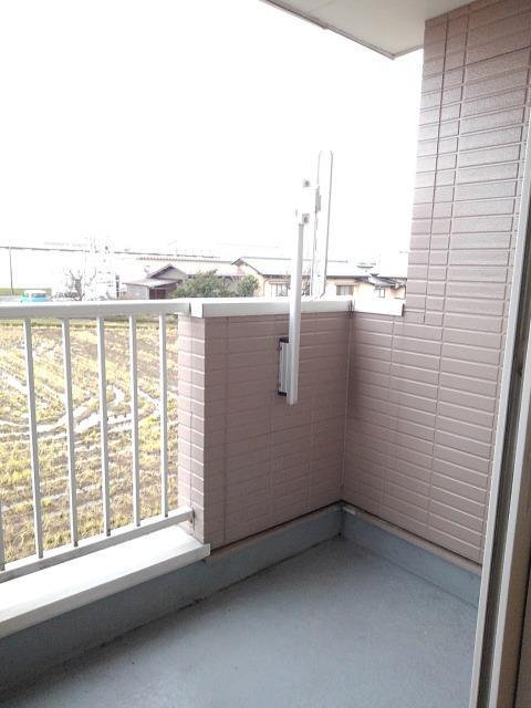 物件番号: 1110309453 リバーサイド・ドリームⅦ  富山市西荒屋 2DK アパート 画像9