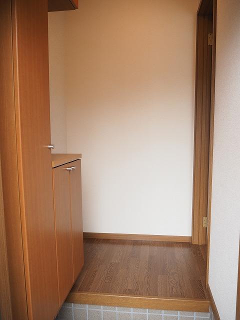 物件番号: 1110309459 グランディールⅢ  富山市山室荒屋 2LDK アパート 画像10