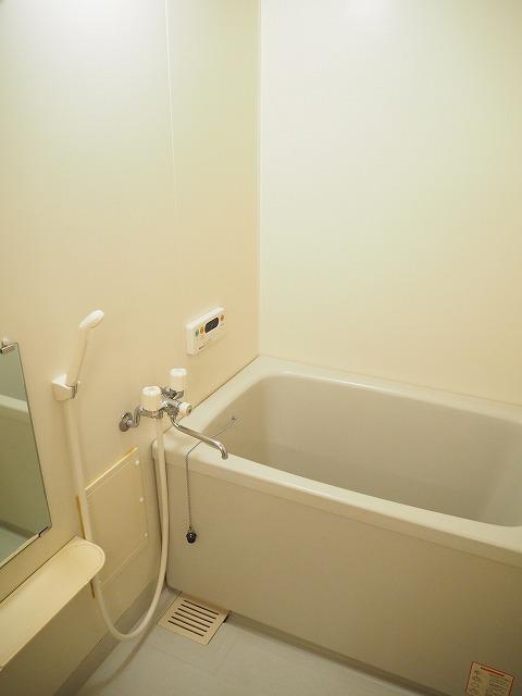 物件番号: 1110309459 グランディールⅢ  富山市山室荒屋 2LDK アパート 画像3