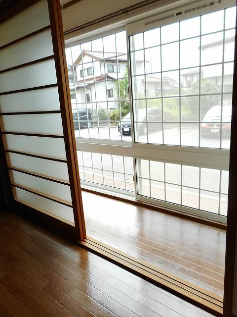 物件番号: 1110310151 グランディールⅣ 富山市山室荒屋 2LDK テラスハウス 写真9