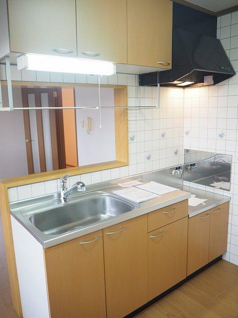 物件番号: 1110309941 ヴィラ・アミティⅡ  富山市西荒屋 2LDK アパート 画像2