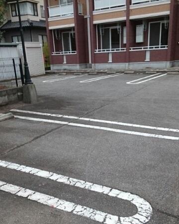 物件番号: 1110310229 モワメーム 富山市窪本町 1K アパート 写真10