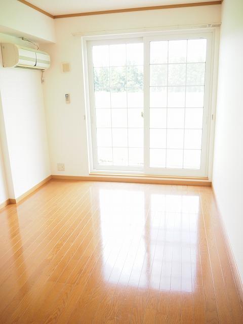 物件番号: 1110309462 ファンタジーアA  富山市下大久保 2DK アパート 画像1
