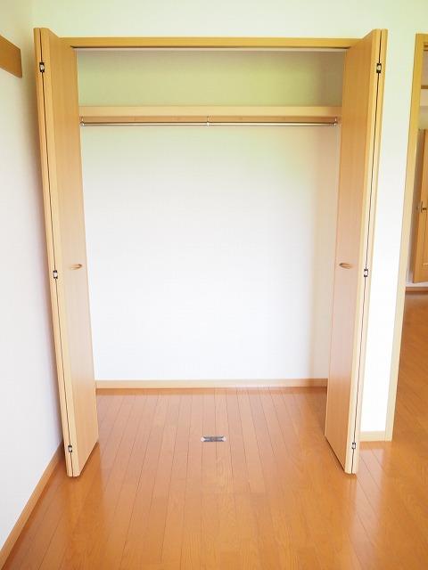 物件番号: 1110309462 ファンタジーアA  富山市下大久保 2DK アパート 画像6