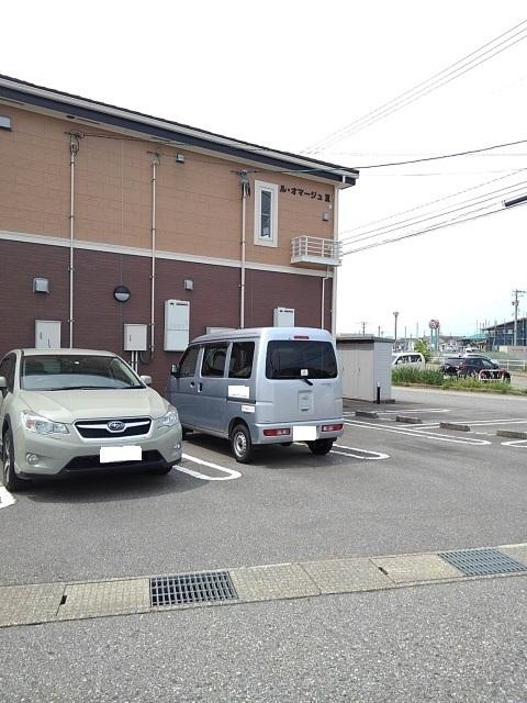 物件番号: 1110309472 ル・オマージュⅢ 富山市上冨居 1LDK アパート 写真11