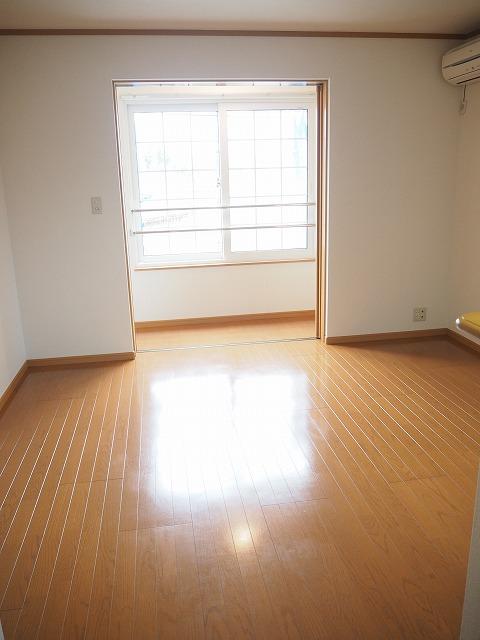 物件番号: 1110309907 ヴィラノールG 富山市太田 1LDK アパート 写真2