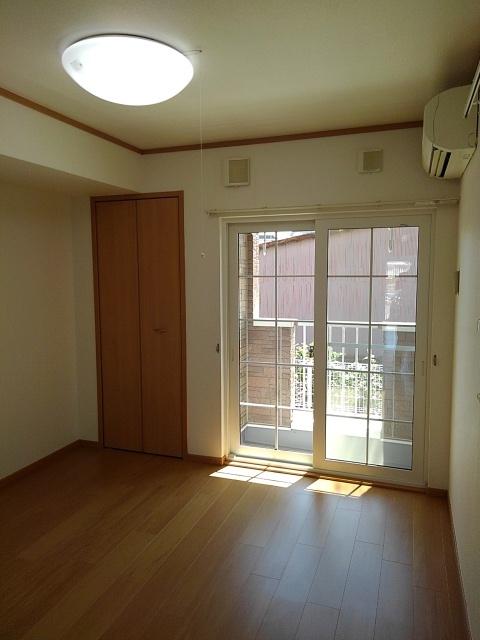 物件番号: 1110309497 サニーパティオⅡ  富山市長江4丁目 1K アパート 画像1