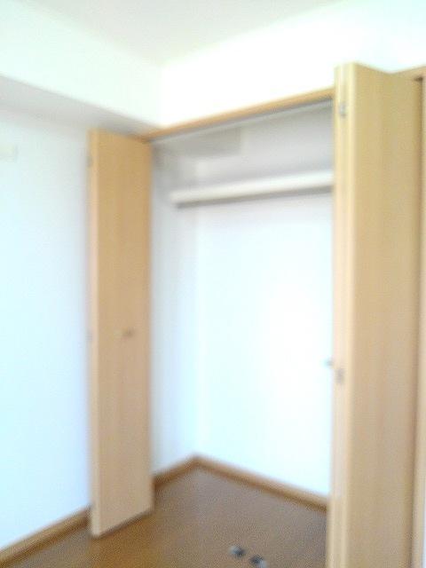 物件番号: 1110309910 ヴィル・フォーレⅢ  富山市本郷町 1LDK アパート 画像6
