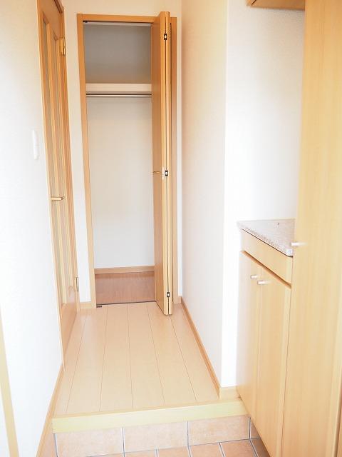 物件番号: 1110309507 プラシードT・Ⅱ  富山市高屋敷 2LDK アパート 画像10