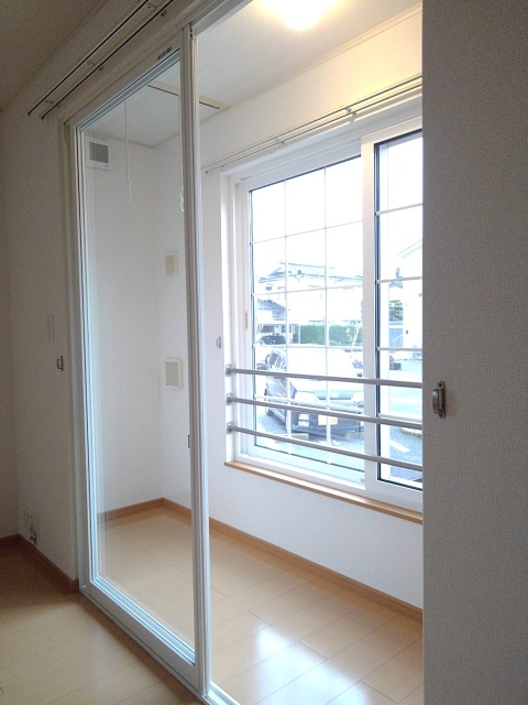 物件番号: 1110309522 モアステージⅦA  富山市小杉 2LDK アパート 画像11