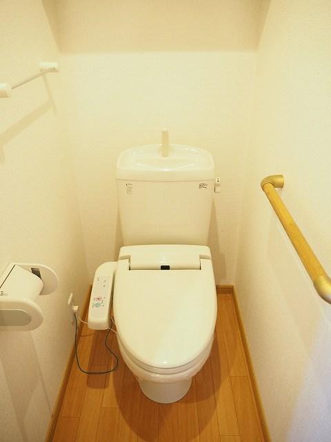 物件番号: 1110309522 モアステージⅦA  富山市小杉 2LDK アパート 画像5