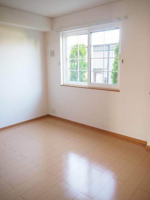 物件番号: 1110309522 モアステージⅦA  富山市小杉 2LDK アパート 画像7