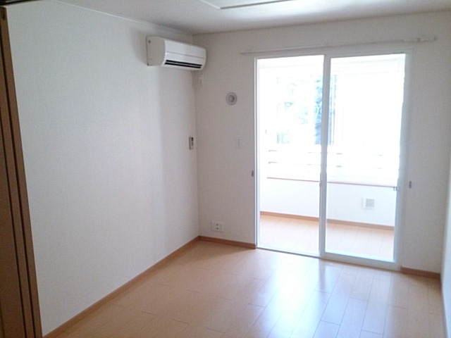 物件番号: 1110309985 カトル・フィユ  富山市四方荒屋 2DK アパート 画像1