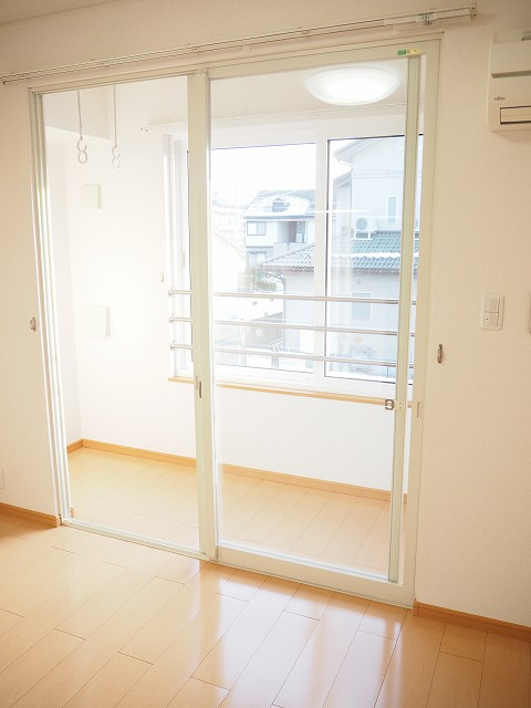 物件番号: 1110309530 クロンドールⅠ  富山市布瀬本町 1LDK アパート 画像8