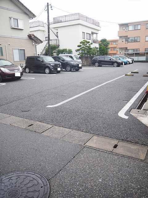物件番号: 1110309531 クロンドールⅠ  富山市布瀬本町 1LDK アパート 画像11