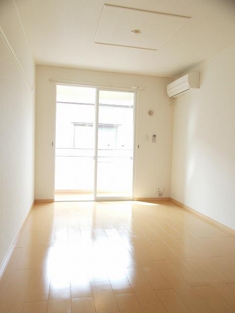 物件番号: 1110310233 ヴィー・ボヌール 富山市四方荒屋 2DK アパート 写真2