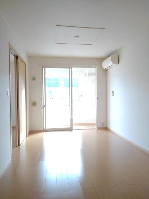 物件番号: 1110310062 エトワールA 富山市西荒屋 2LDK アパート 写真2