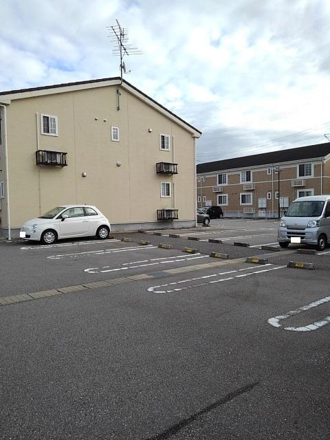 物件番号: 1110310062 エトワールA 富山市西荒屋 2LDK アパート 写真12