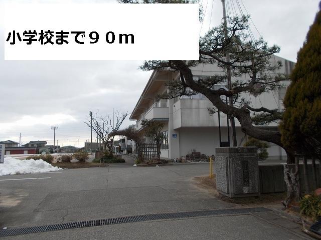 物件番号: 1110309548 シャン・シャトー Ⅰ  富山市四方荒屋 2LDK アパート 画像18
