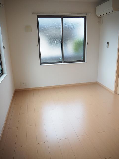 物件番号: 1110309946 ヴィー・ボヌールⅡ 富山市四方 2LDK アパート 写真5