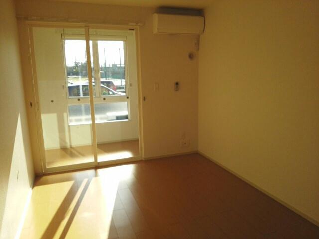 物件番号: 1110309987 ドゥ・ステージアⅢ 富山市永久町 1LDK アパート 写真5