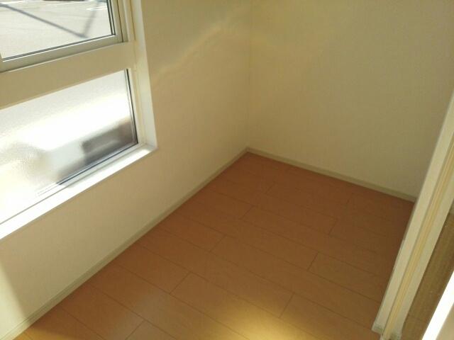 物件番号: 1110309987 ドゥ・ステージアⅢ 富山市永久町 1LDK アパート 写真9