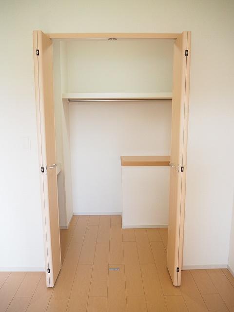 物件番号: 1110309571 メゾンソレイユ  富山市上大久保 2LDK アパート 画像6