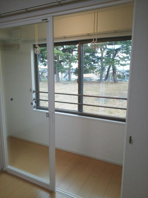 物件番号: 1110309577 ベルフォールⅣ  富山市常盤台 1LDK アパート 画像10