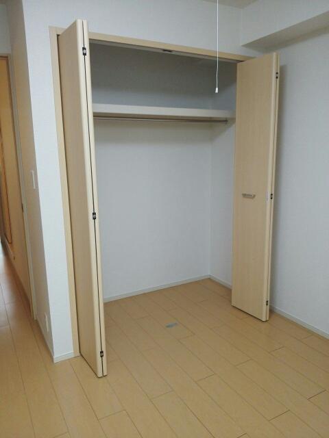 物件番号: 1110309577 ベルフォールⅣ  富山市常盤台 1LDK アパート 画像5