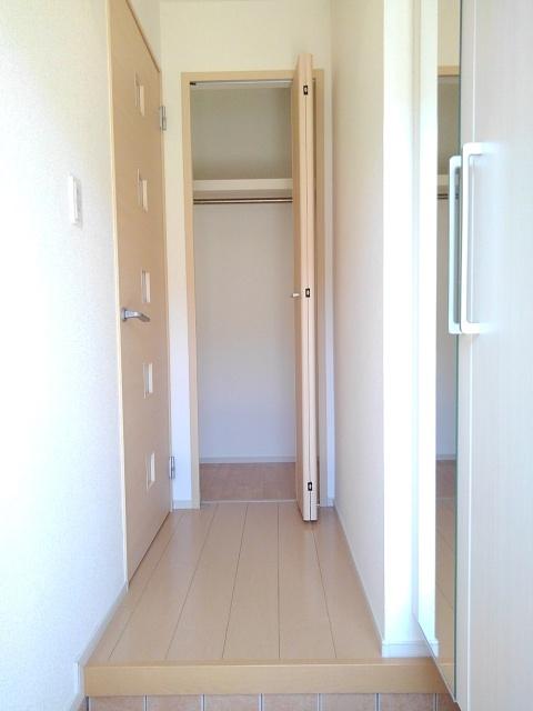 物件番号: 1110310067 ドゥ・ファミーユC 富山市荒川常盤台 2LDK アパート 写真11
