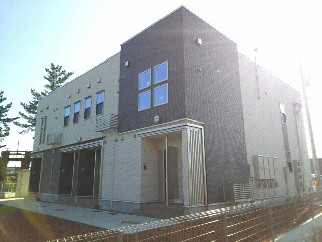 物件番号: 1110309604 アルナージュ  富山市常盤台 1LDK アパート 外観画像