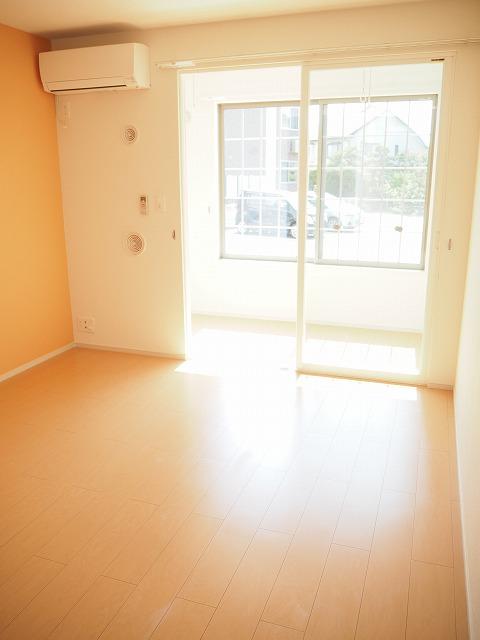物件番号: 1110310178 グランMIKI常盤台Ⅱ 富山市常盤台 1LDK アパート 写真2