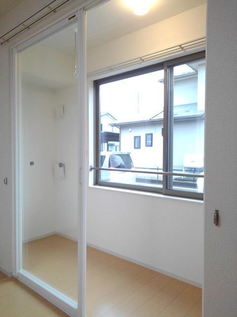 物件番号: 1110309610 ネクステージ  富山市山室荒屋 1K アパート 画像5