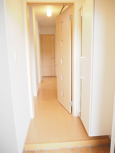 物件番号: 1110309916 ヴァン・グラースⅠ 富山市米田町1丁目 1LDK アパート 写真11