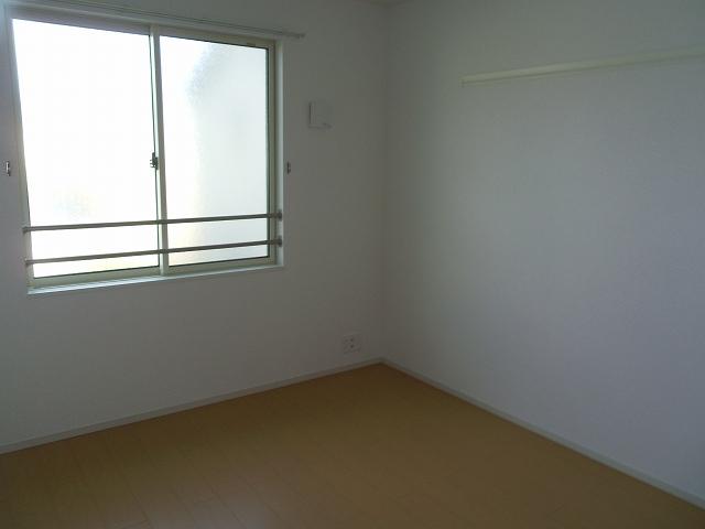 物件番号: 1110309990 エムズ カーサ 富山市中川原台1丁目 3LDK アパート 写真11