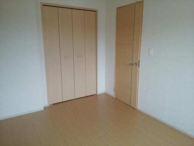 物件番号: 1110310253 YS ソレイユA 富山市赤田 2LDK アパート 写真9