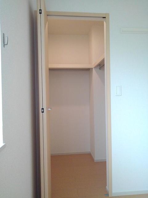 物件番号: 1110310112 プルミエール手屋 富山市手屋1丁目 1LDK アパート 写真7