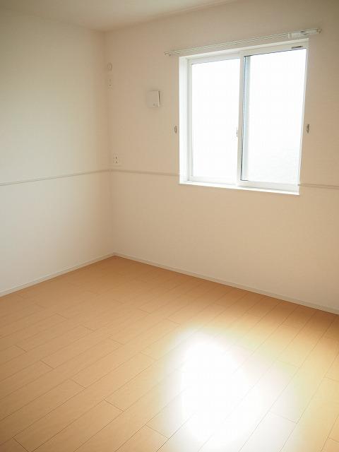 物件番号: 1110309655 ニューバンブスⅡA  富山市一本木 1LDK アパート 画像4